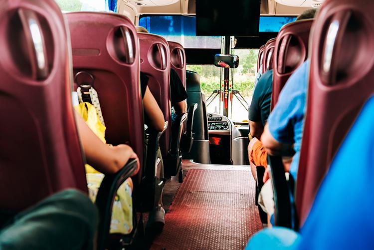6 razões para escolher o ônibus fretado como transporte